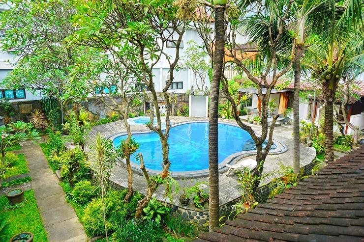 Warna Kedaton Hotel Bali - Kolam Renang