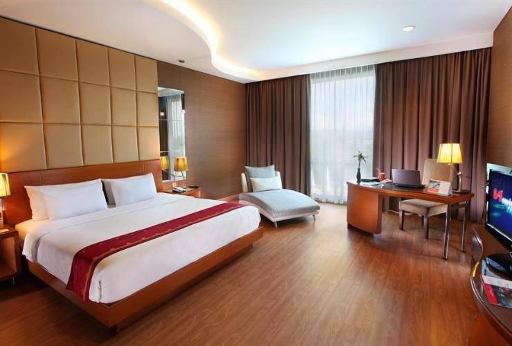Swiss-Belhotel Kendari - Room