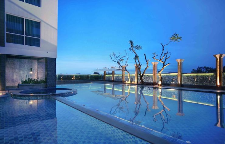 Aston Jember Hotel Jember - Outdoor Pool