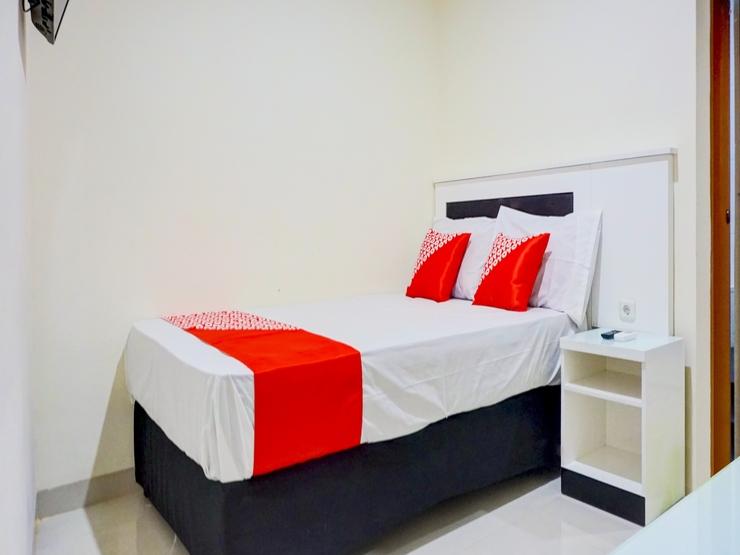 OYO 90394 Guest House Sentosa Makassar - Guestroom S/D