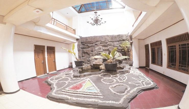 Hotel Berlian Malioboro Yogyakarta - Interior