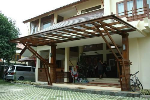 Tetirah Boutique Hotel Salatiga - Tampak Depan