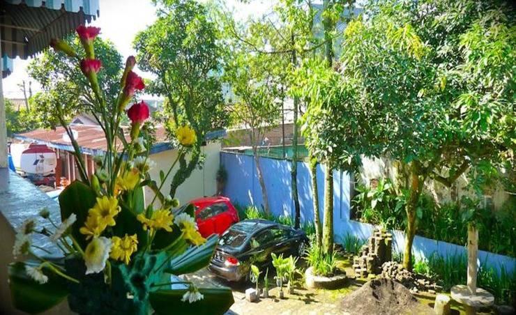 Hotel Harapan Indah Bandung - Area parkir