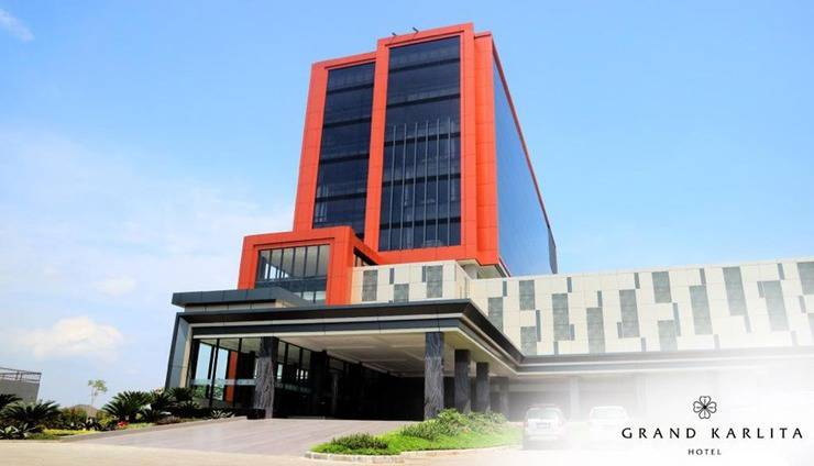 Grand Karlita Hotel Purwokerto Banyumas - Exterior