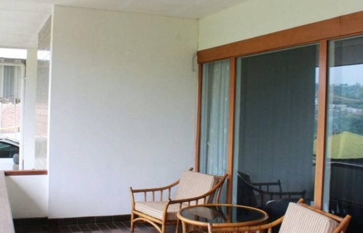De Dago Pakar Villa Bandung - Ruang tamu