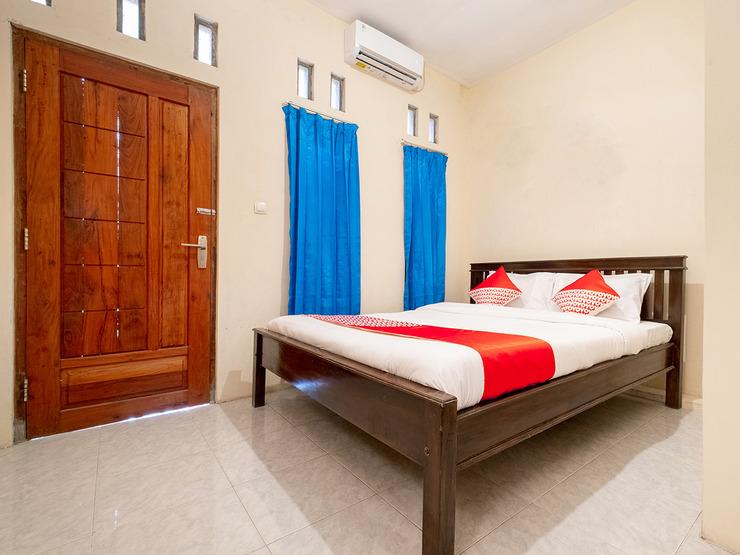 OYO 3076 Lilik Homestay Syariah Magelang - Standard Double Bedroom