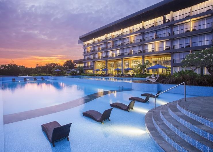 Swiss-Belresort Belitung Belitung - Outdoor Pool