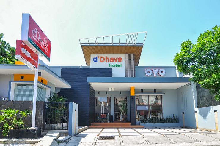 OYO 897 d'Dhave Hotel Padang - facade