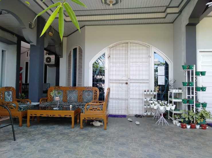 Wisma Ayank Padang - out