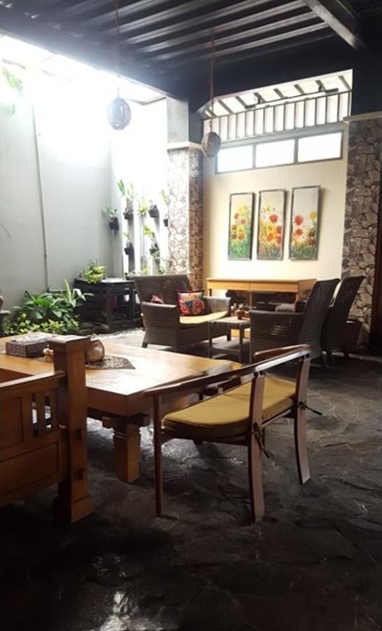 Dy Guesthouse Syariah Bandung - interior