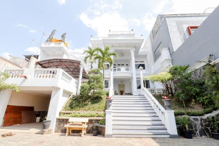 HOG Batu Guest House Syariah Malang - Exterior