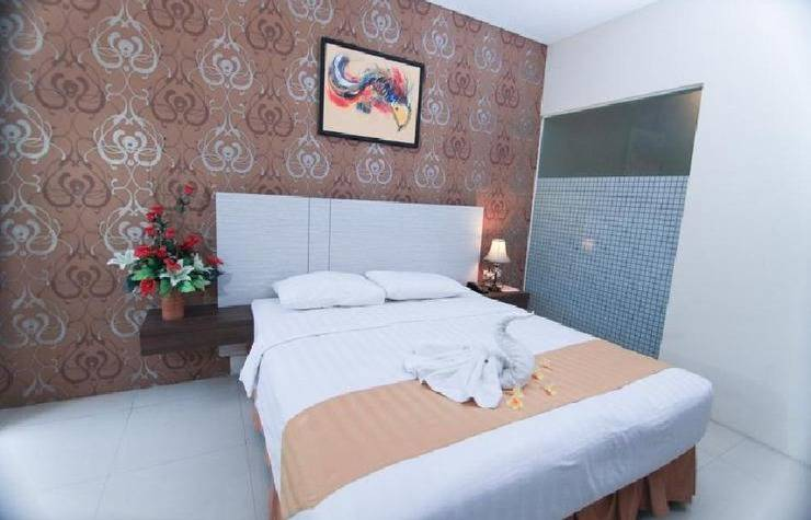 Sun Palace Hotel Mojokerto - Superior Room (Double Bed)
