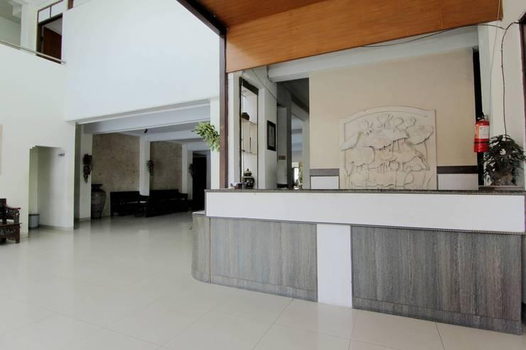 Hotel Musafira Yogyakarta - Receptionist