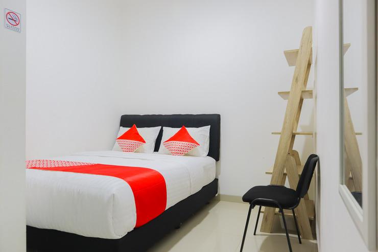 OYO 3058 Griya Samawah Syariah Near Radjak Hospital Salemba Jakarta - Bedroom
