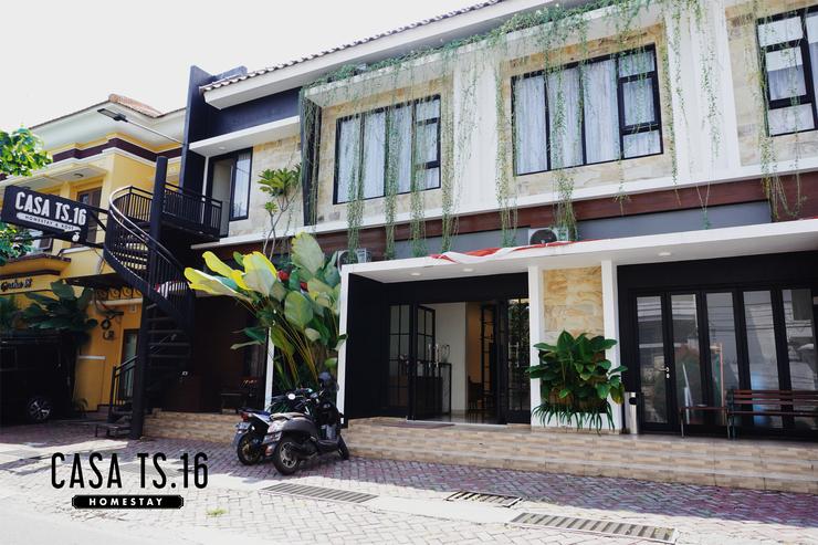 CASA TS 16 Guesthouse Malang - depan