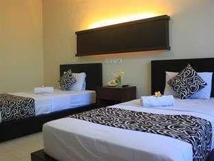 Bakung Beach Resort Bali - Kamar Triple