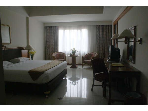Hotel Bumi Wiyata Depok - Kamar Suite