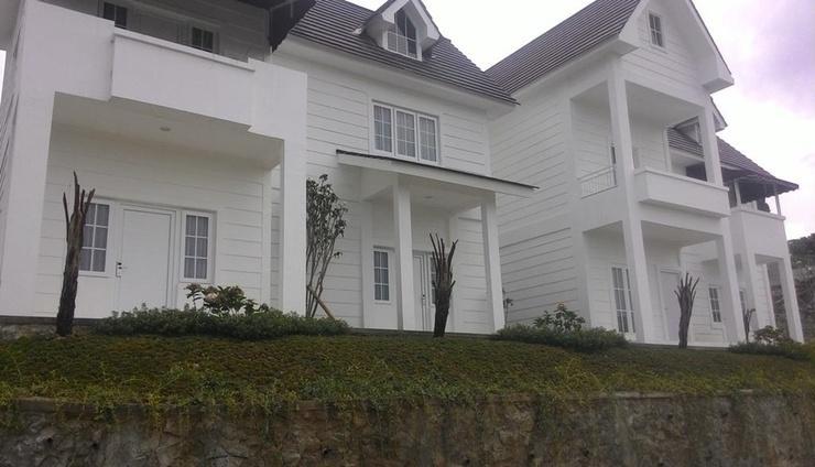 Amaranta Guest House Malang - Exterior