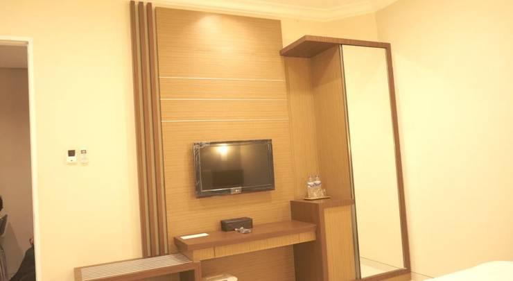Hotel Emerald Surabaya - Interior Kamar
