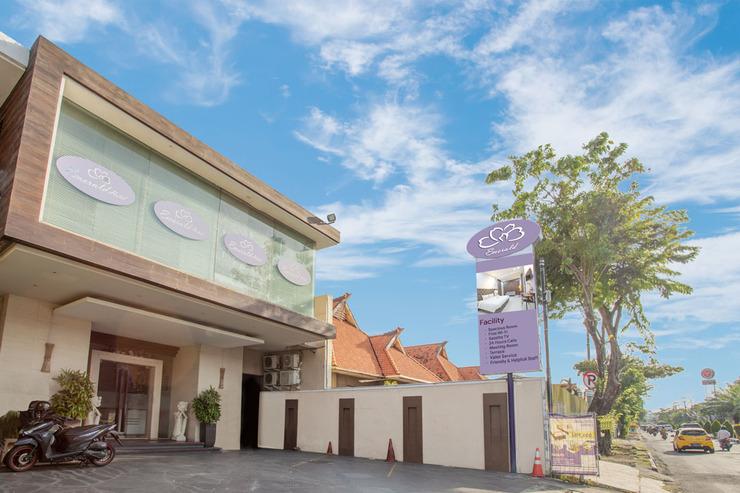 Life Emerald Hotel Surabaya Surabaya - FACADE LOBBY