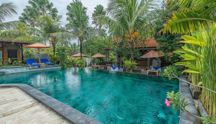 Natya Hotel Tanah Lot - Pool