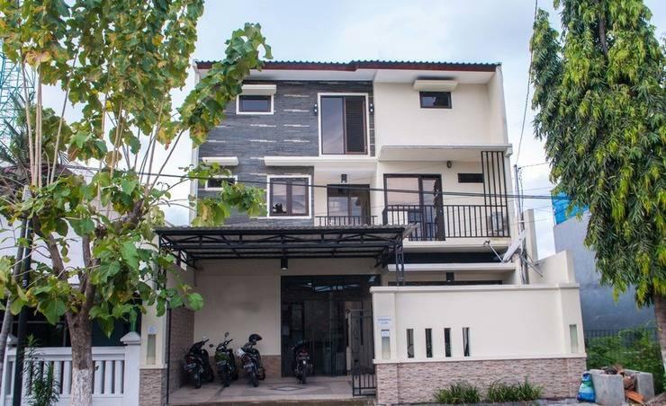 Promosia Executive Guest House Surabaya - Tampak Depan