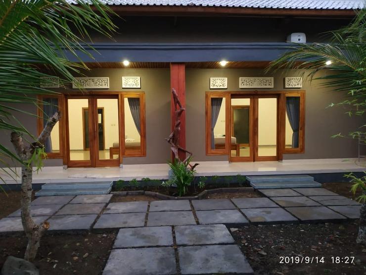Harris Surf Villa Bali - exterior