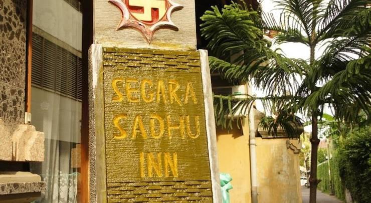 Segara Sadhu Inn Bali - (28/Mar/2014)