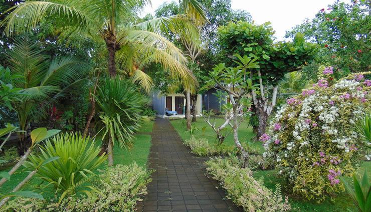 Ayu Guna Inn Bali - Area Taman