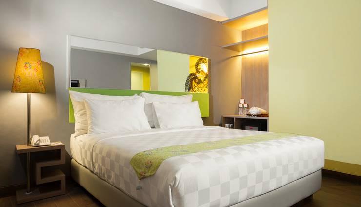 Pesonna Hotel Semarang - Deluxe Queen Bed