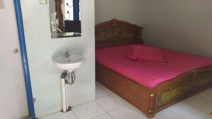OYO 1187 Penginapan Bunda Sukabumi - Bedroom