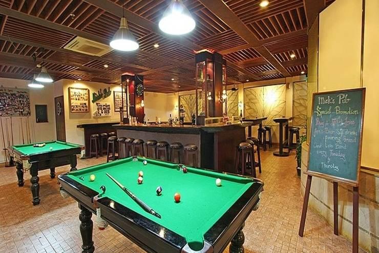 Harmoni Suites Hotel Batam - Mick's Pub