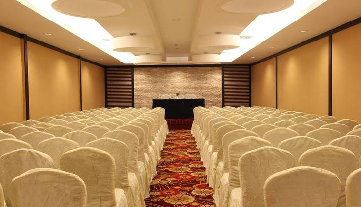 Harmoni Suites Hotel Batam - Meeting Room