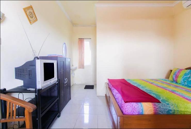 Pondok Rizqi Surabaya - Double Room