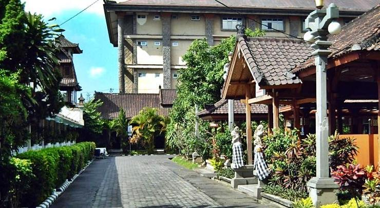Hotel Ratu Bali - Exterior