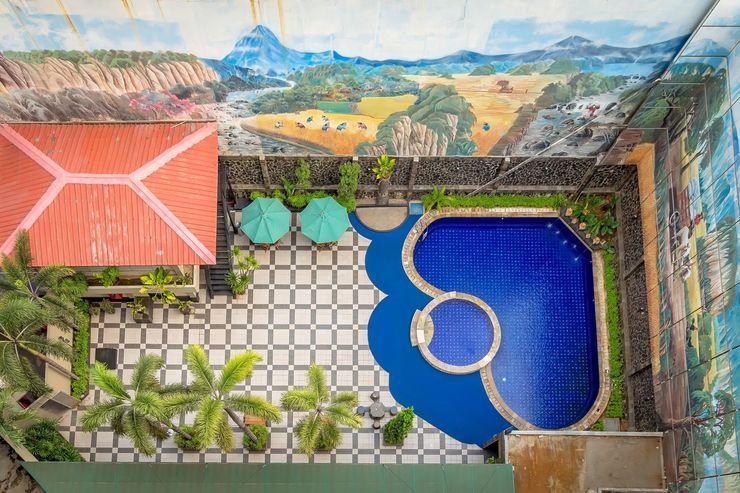Hotel Golden Sky Pluit Jakarta - pool