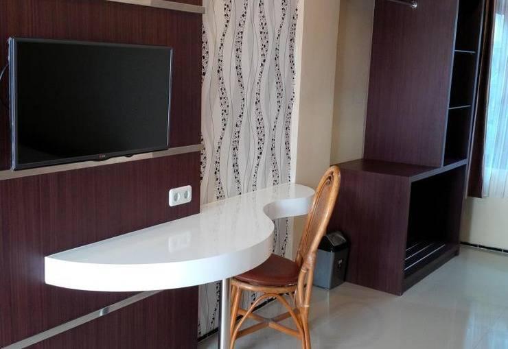 Kartika Abadi Hotel Madiun - TV