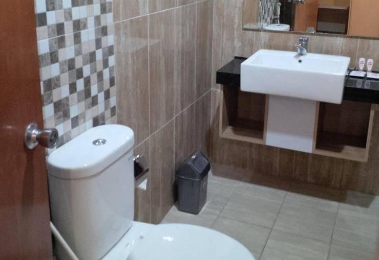 Kartika Abadi Hotel Madiun - Toilet