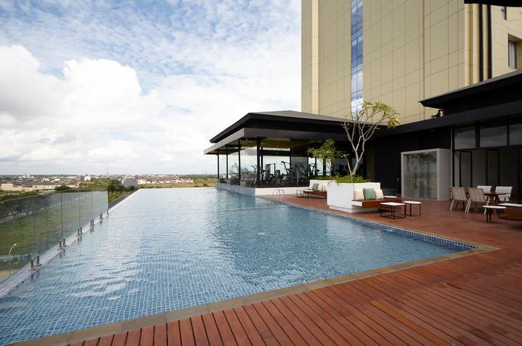 Wyndham Opi Hotel Palembang Palembang - Pool