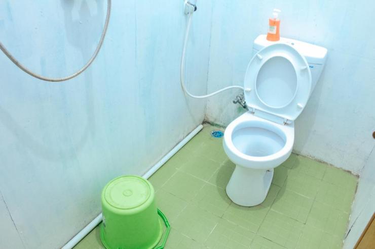 Simplycity Hostel Syariah Bandung - Bathroom