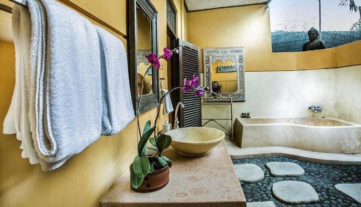 Gusde House & Villa Bali - Kamar mandi