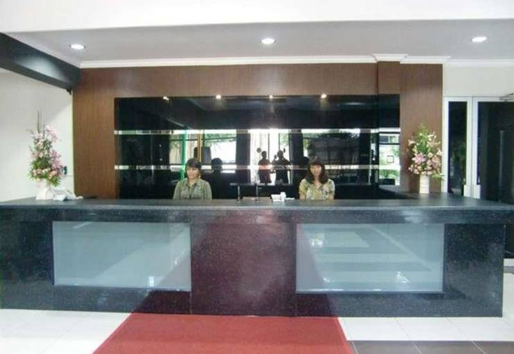 Fofic Suite Hotel Jakarta - Front Office
