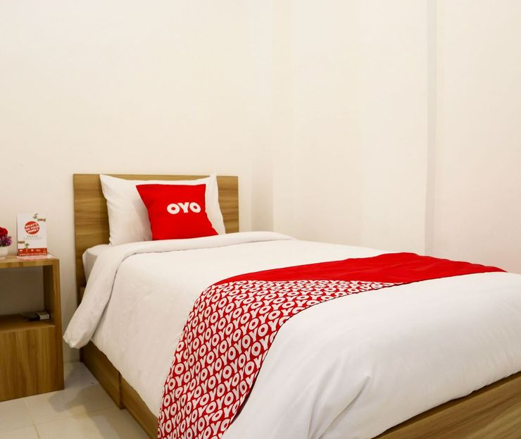 OYO 1191 Monalisa Residence And Cafe Padang - Standard Single