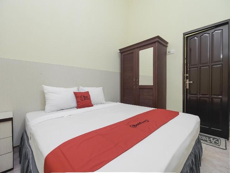 RedDoorz near IAIN Palangkaraya Palangka Raya - Guestroom