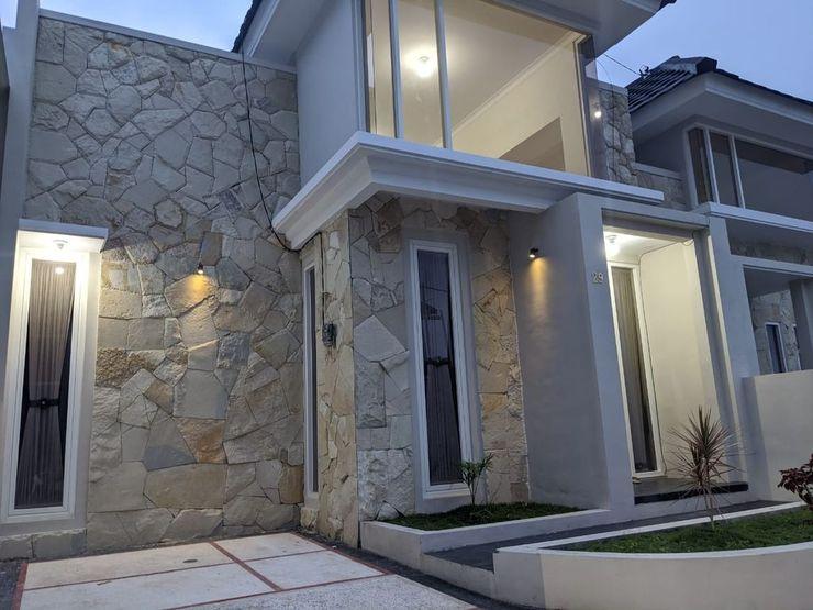 Villa Griya Pesona 29 by VHB Group Malang - Facade