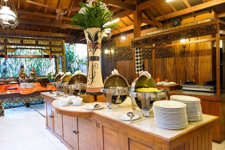 Hotel Puri Artha Yogyakarta - Breakfast buffet