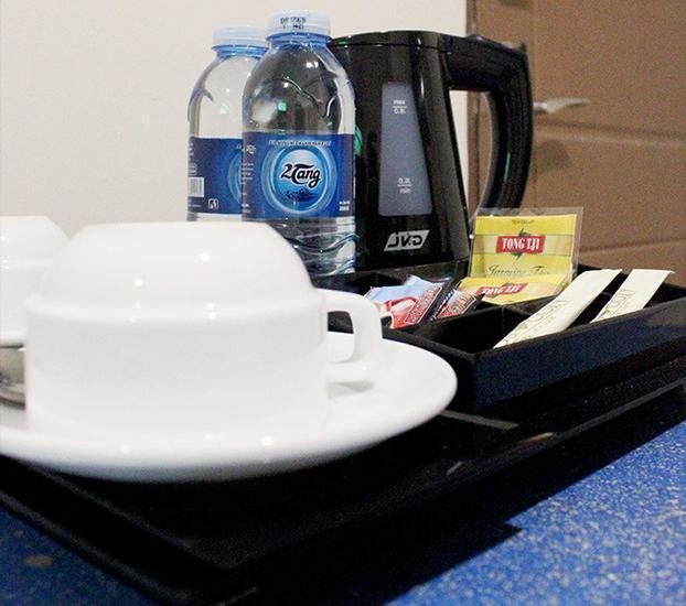 Amos Cozy Hotel Melawai - Coffee Maker