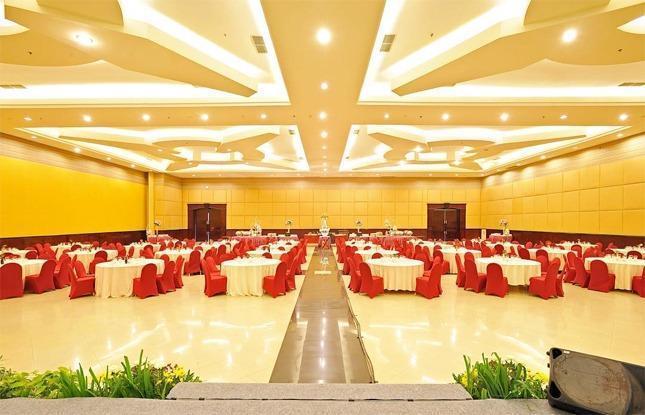 The Sun Hotel Surabaya - Ballroom