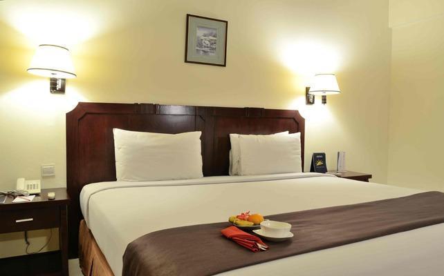 The Sun Hotel Surabaya - Rooms