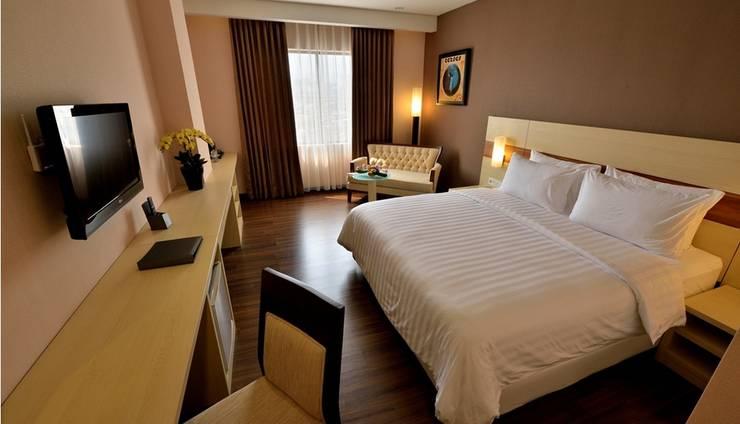 Hotel California Bandung - Deluxe King